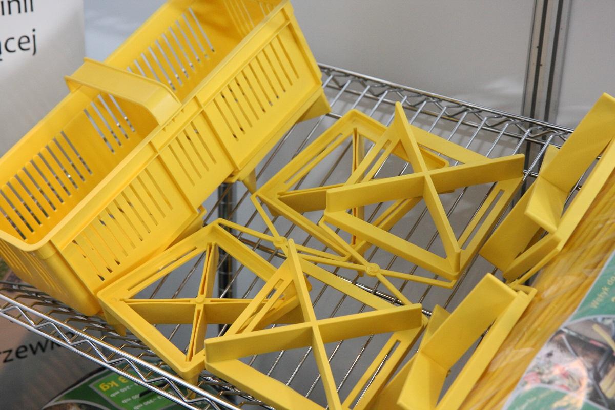 plastikowa podkładka na plastikowe łubianki, Hejnał, opakowania z masy celulozowej, OpenBox, Pierwsza Fabryka Kartonów z Obwodu Kaliningradzkiego